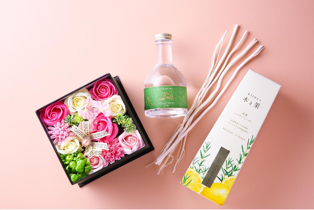 【デサキのギフトコレクション02】毎日笑顔で過ごしてもらいたい…大切な人の暮らしに「香りと彩り」を贈ろう!