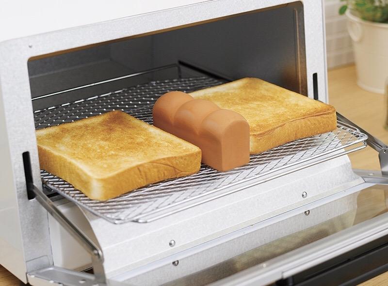 手間はわずか20秒!いつものパンが生まれ変わる♪外はカリッと中はふんわり♡【マーナ トーストスチーマー】