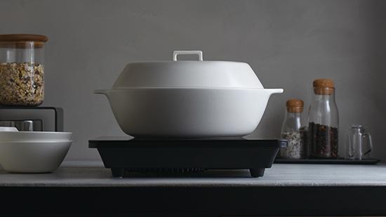 蒸す♪炊く♪煮る♪美味しい時間を1年中シェアできる鍋【KINTO IH土鍋KAKOMI】